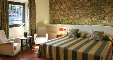 Hotel Domus Selecta Castell De L'oliver