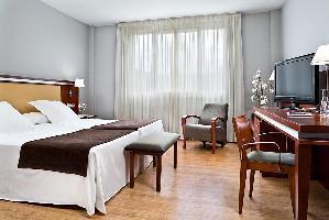 Hotel Nh Bilbao Zubialde