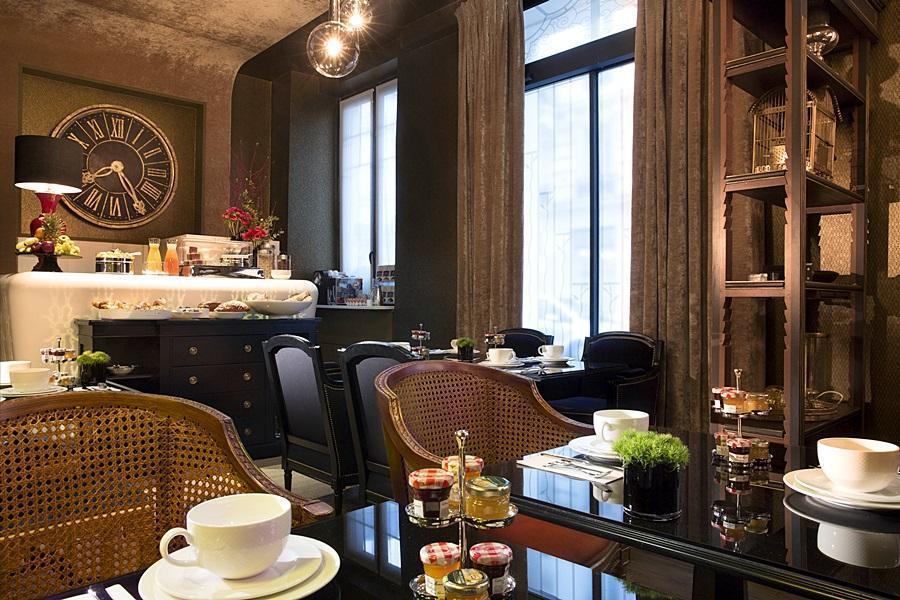 hotel gabriel paris paris. Black Bedroom Furniture Sets. Home Design Ideas